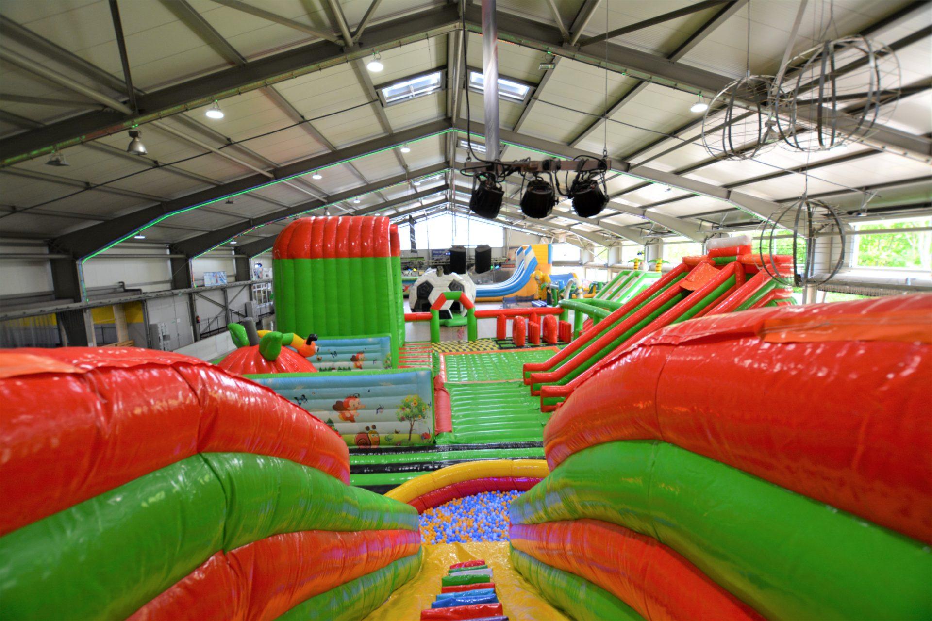 Jump and Fun Hüpfburgenland Eishalle Reutlingen
